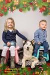 jongetje en meisje met husky Tikka