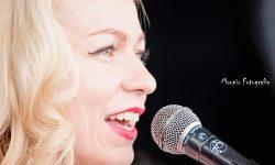 foto van de zangeres Maryann & the Tritones